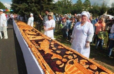 77-метровый пирог испекут В Твери
