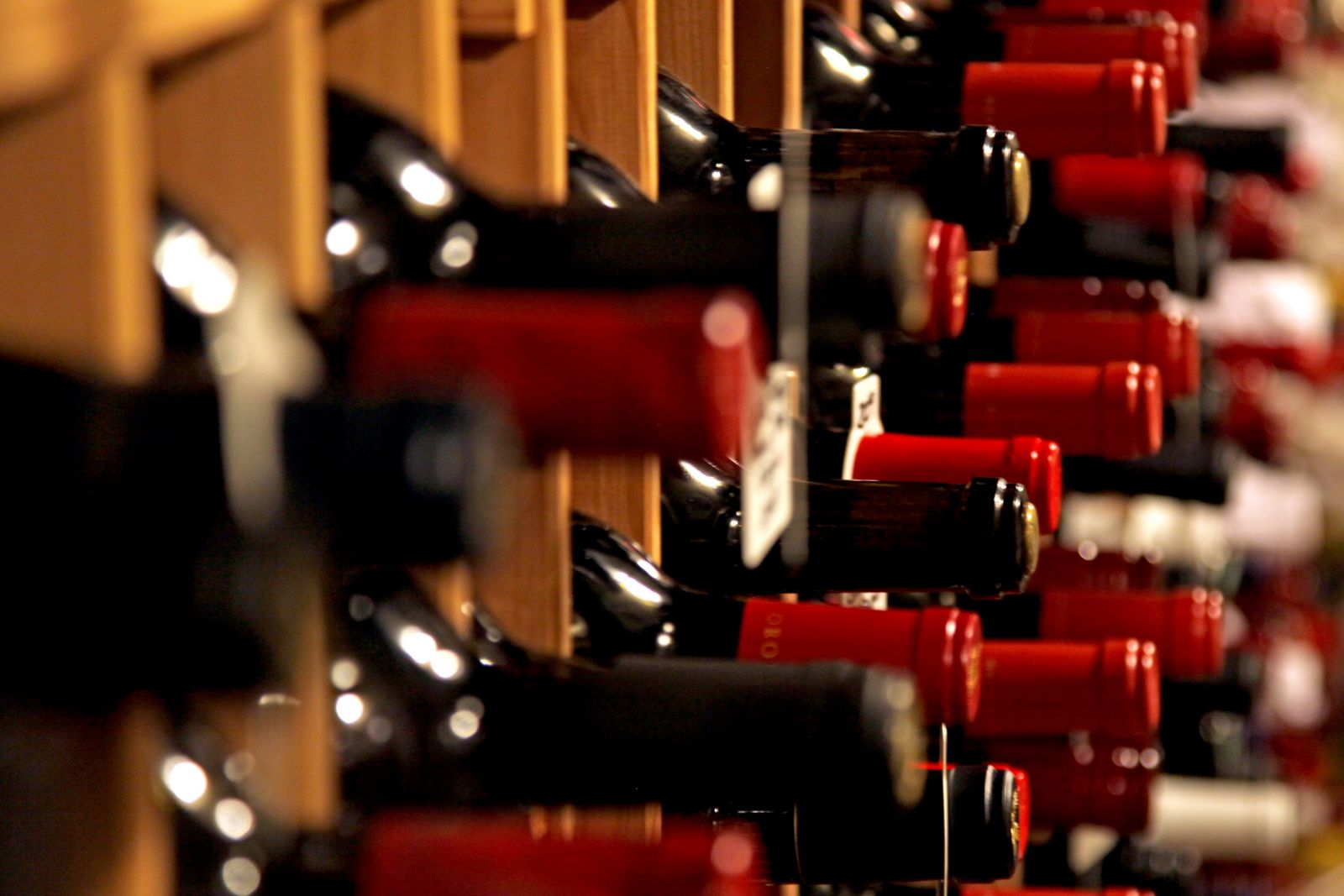 Эксперт: В Армении отмечен серьезный рост производства вина и коньяка